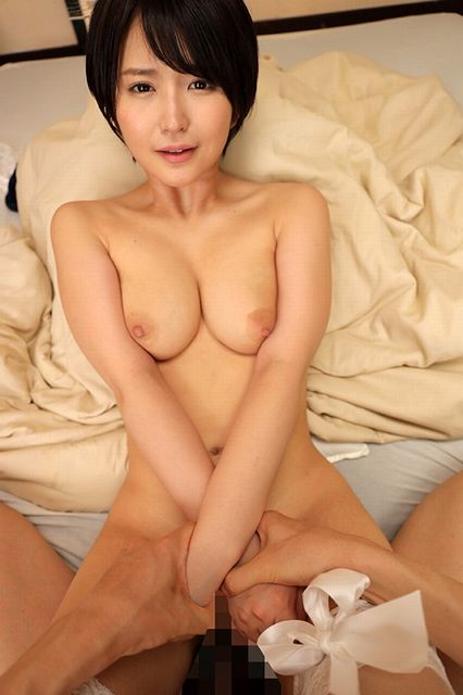 深田結梨のデリヘル嬢VR_正常位セックス