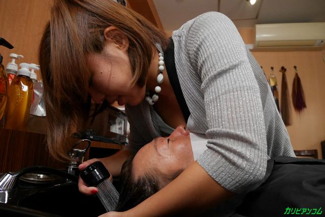 美容師になった西条沙羅の無修正動画