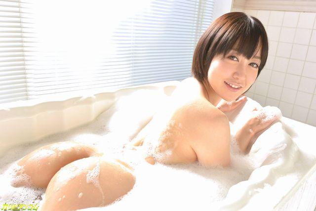 篠田ゆうの無修正動画